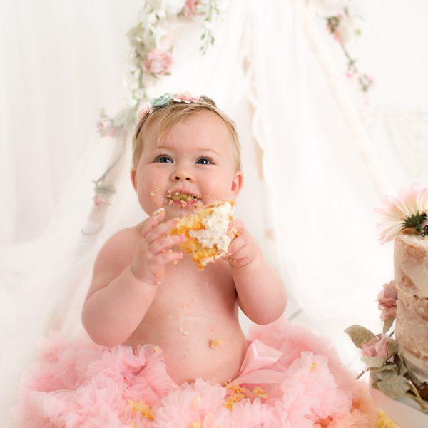 Cake Smash first birthday photography shoot
